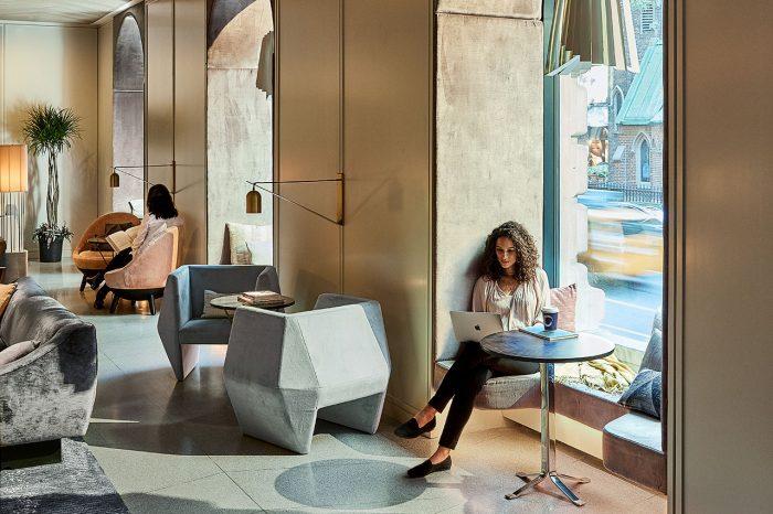 lobby-sitting-nook